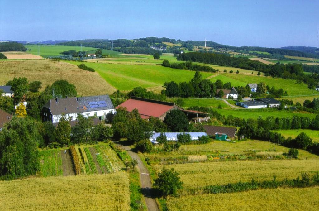 Blick vom Schepershof aufs Tal